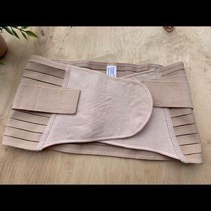 Chong Erfel waist belt